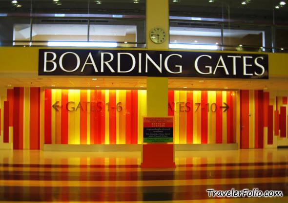 airport-boarding-gate