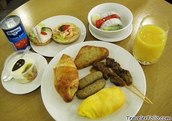 mas-golden-lounge-food