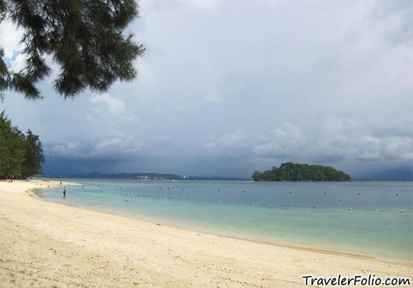 pulau-manukan-beach
