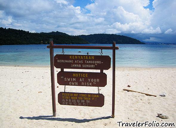 seaside-warning-board