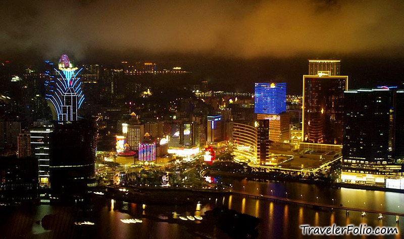 Macau Grand Prix >> Macau Tower |AJ Hackett bungee jump,360 revolving cafe|Macao @ Singapore Travel & Lifestyle Blog
