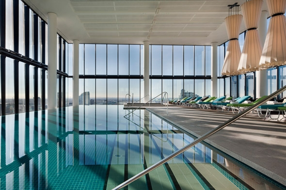 Crown Metropol Melbourne Australia Infinity Pool Room Singapore Travel Lifestyle Blog