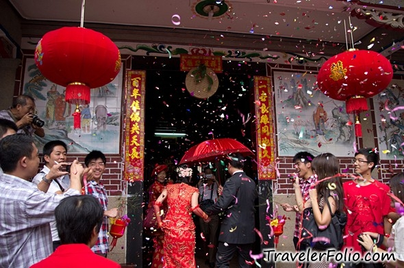 Chinese Wedding Gift Traditions: Chinese Wedding Customs & Traditions