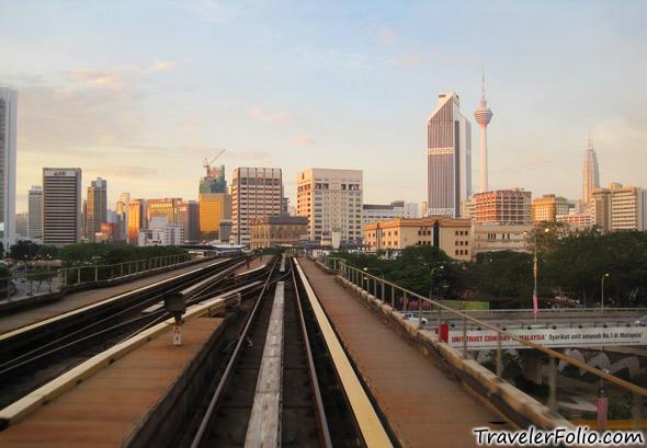Kuala lumpur monorail scene travelerfolio travel - Vietnam airlines kuala lumpur office ...