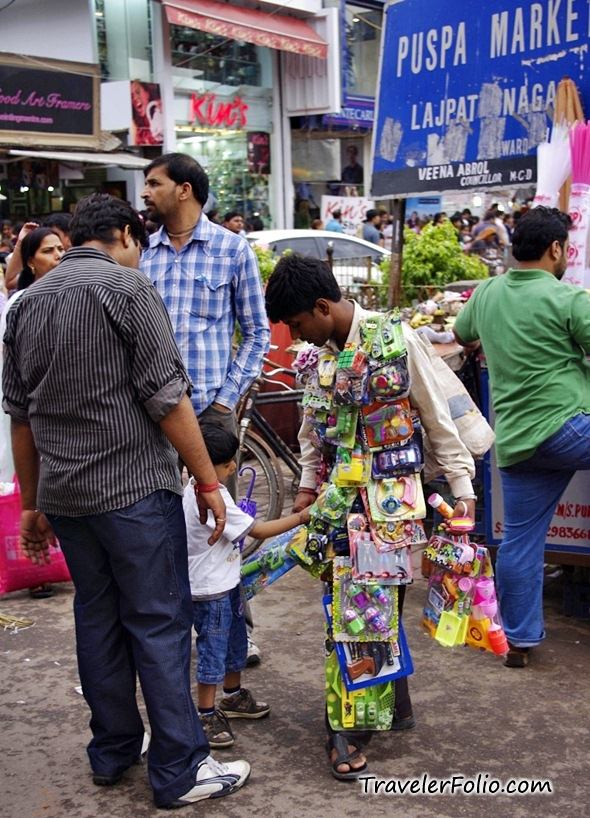 child-street-vendor-delhi-india-puspa-market