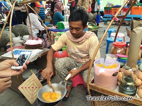 kerak-telur-jakarta-street-food