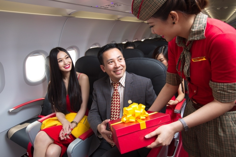 Enjoy flying with VietJet and win