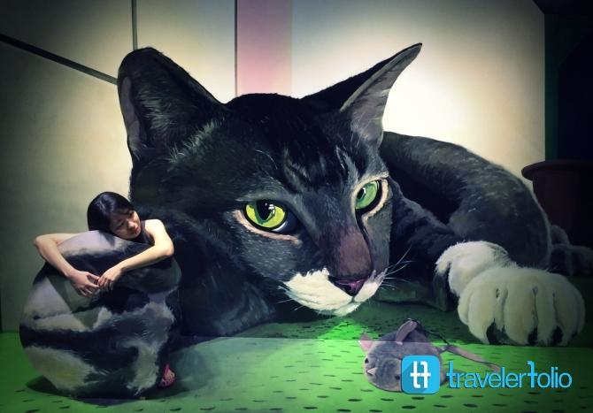 alive-museum-3d-giant-cat