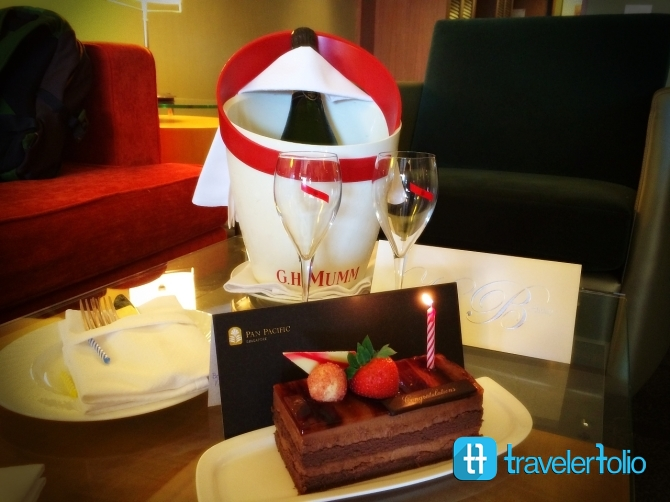 pan-pacific-hotel-birthday-cake