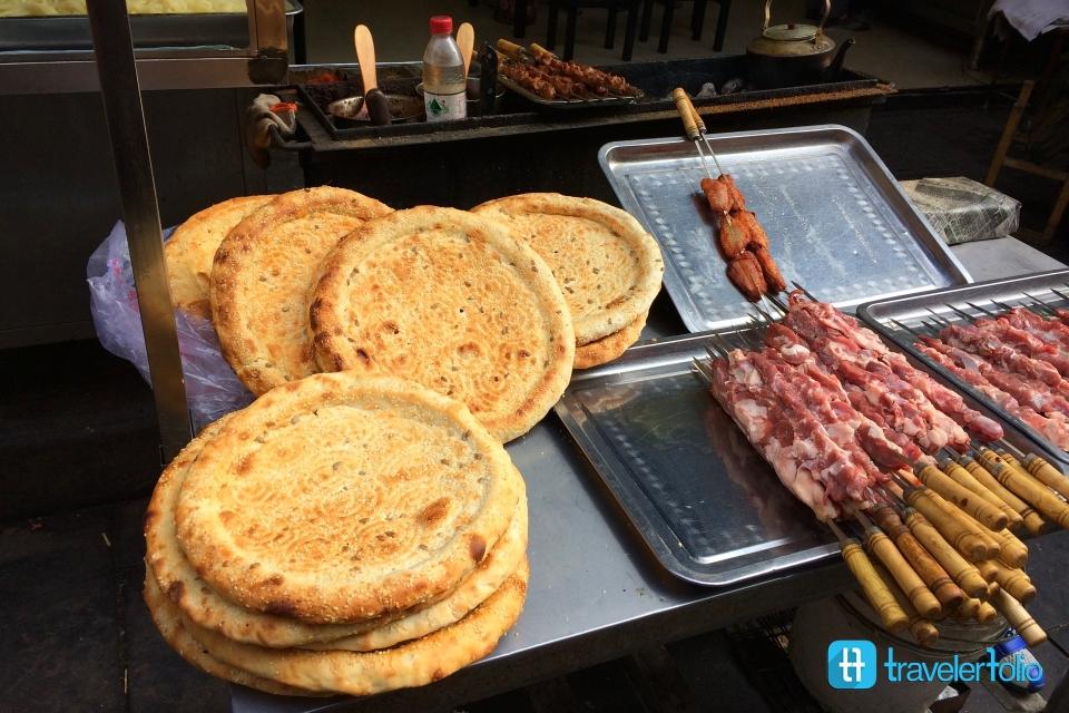 wok-lid-flat-bread-muslim-street-xian