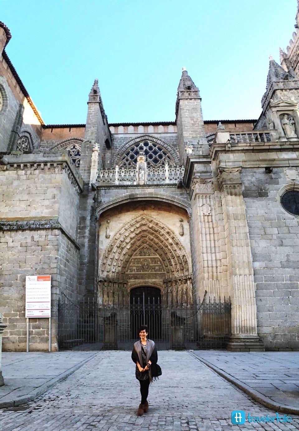 avila-cathedral-gothic-spainish