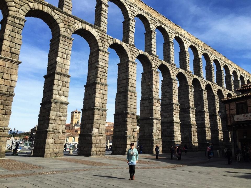 roman-aqueduct-segovia