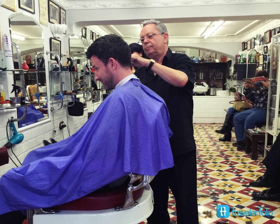 spanish-barber-shop