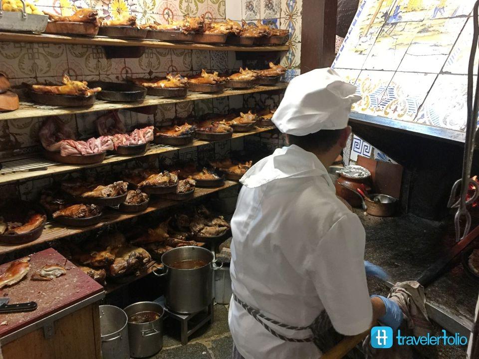 world-oldest-restaurant-firewood-oven-madrid-spain
