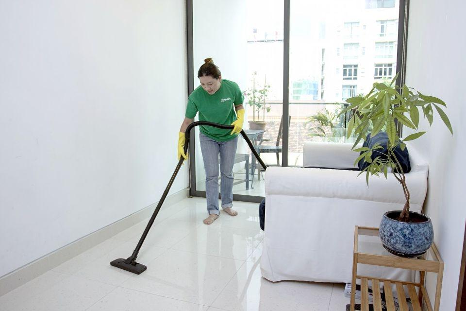 helpling-cleaner