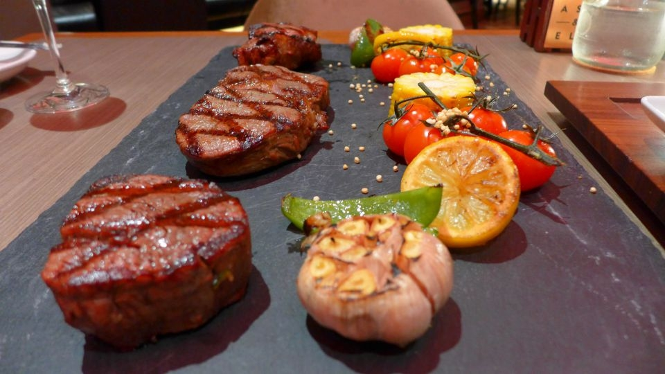 beef-platter-intercon-ash-elm