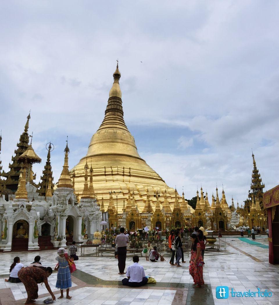 golden-pagoda-yangon