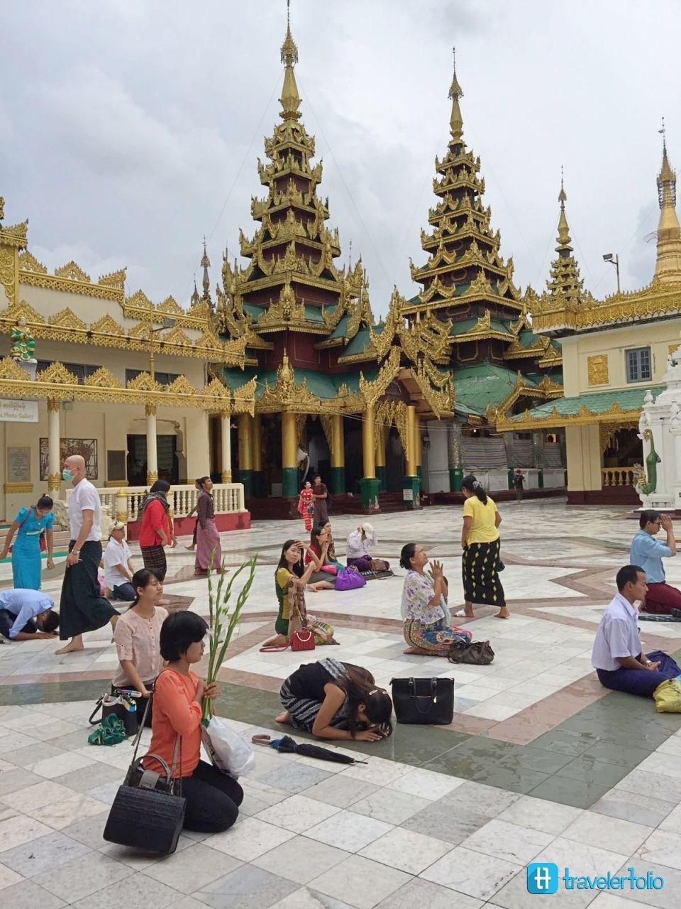 pilgrim-yangon-shwedagon