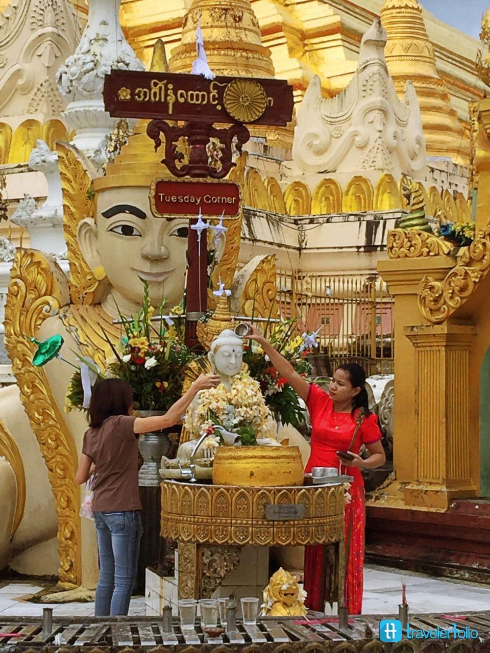 shwedagon-statue-yangon-burma