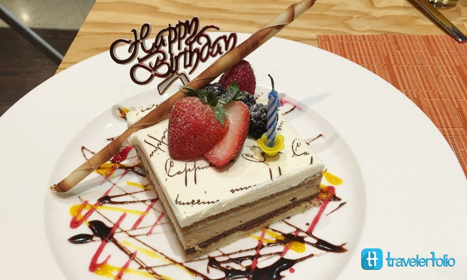 birthday-cake-capri-fraser-sg