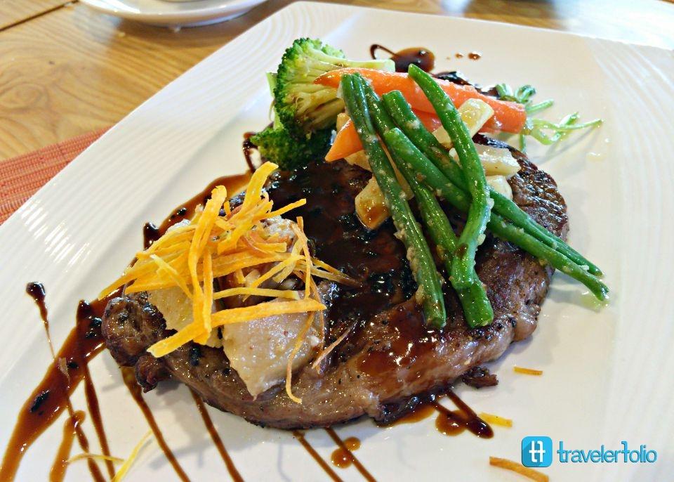 grilled-beef-capri-fraser-lunch