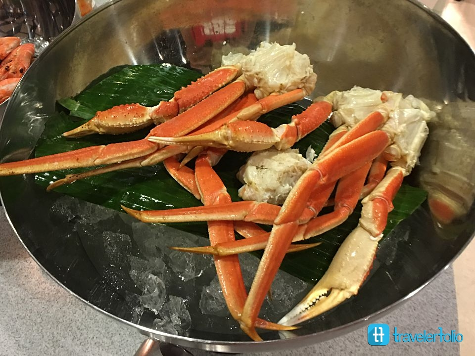 snow-crab-capri-fraser-buffet