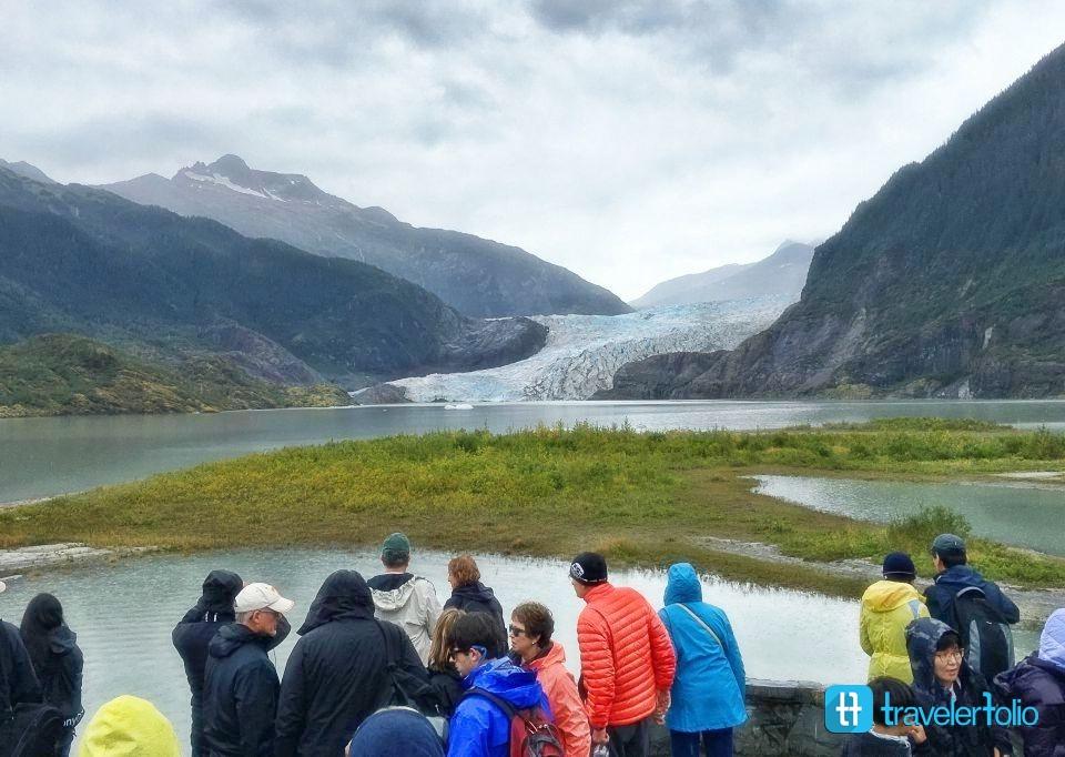 juneau-mendenhall-glacier