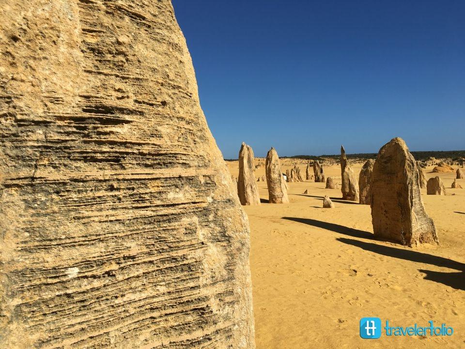 texture-pinnacles-desert