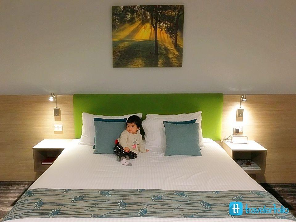 vines-resort-novotel-resort-king-room