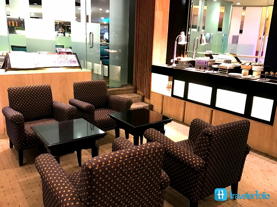 Lounge-furama