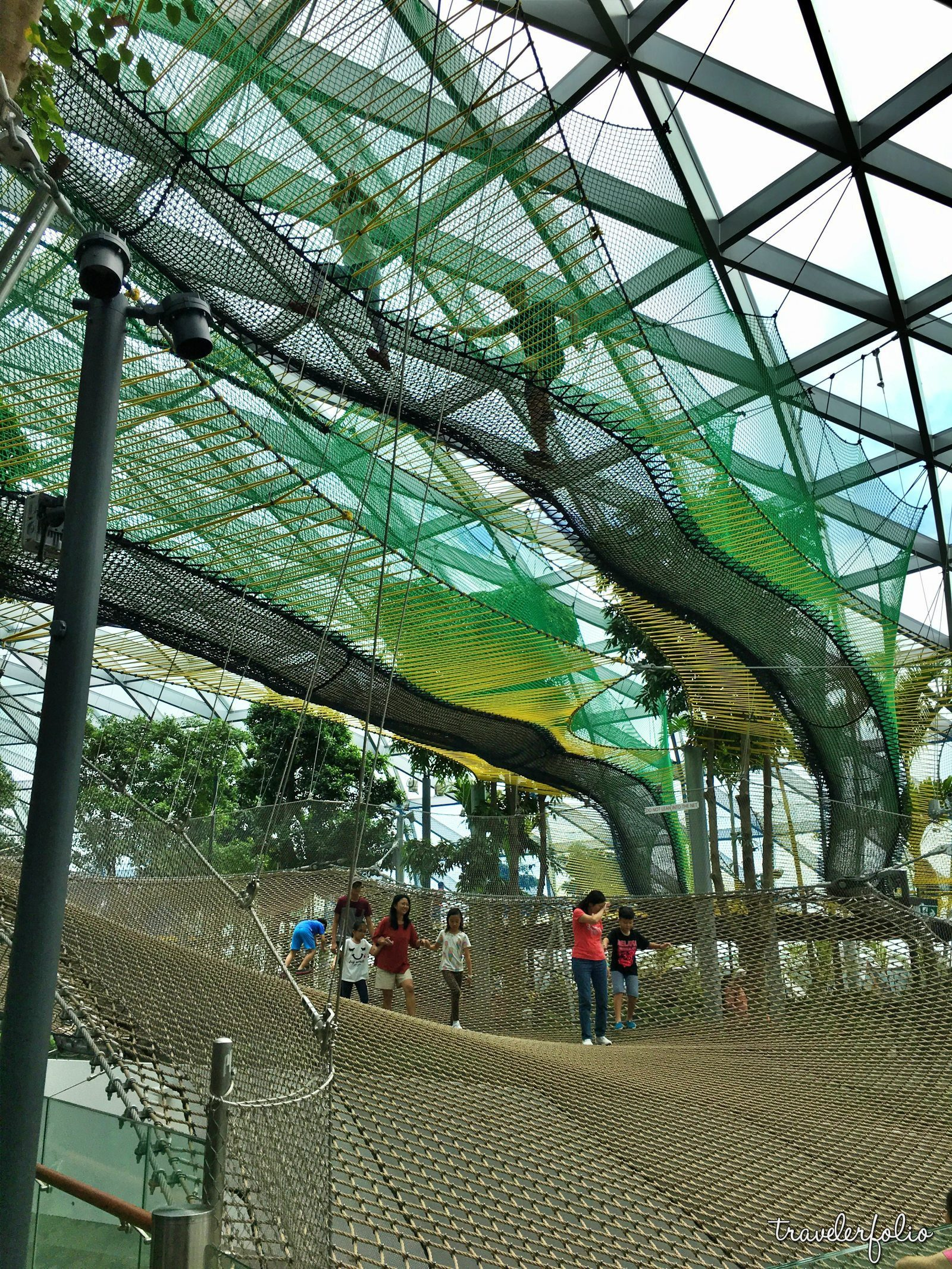 sky bouncing net jewel changi airport