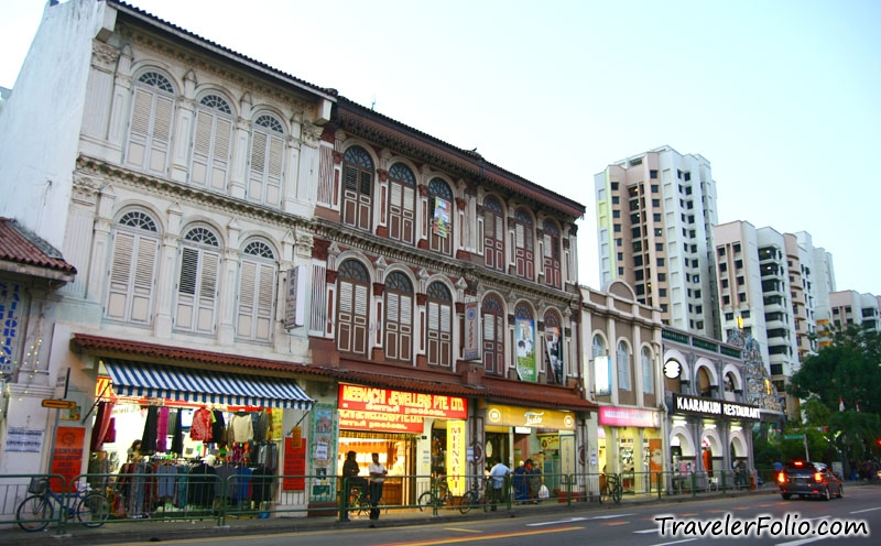 Serangoon Road view  - Shop for sale in Little India