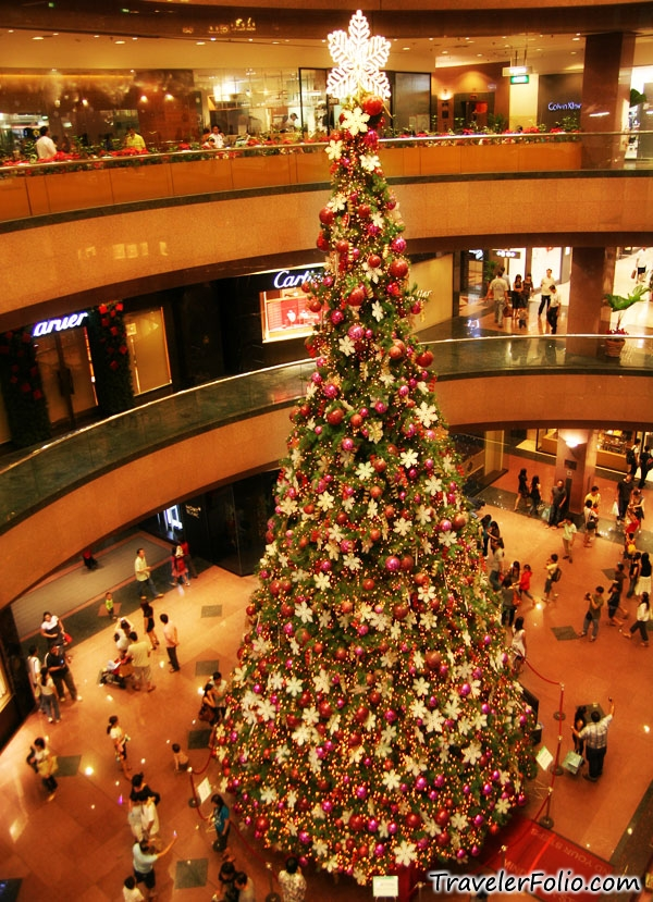 everywhere - How To Decorate A Big Christmas Tree